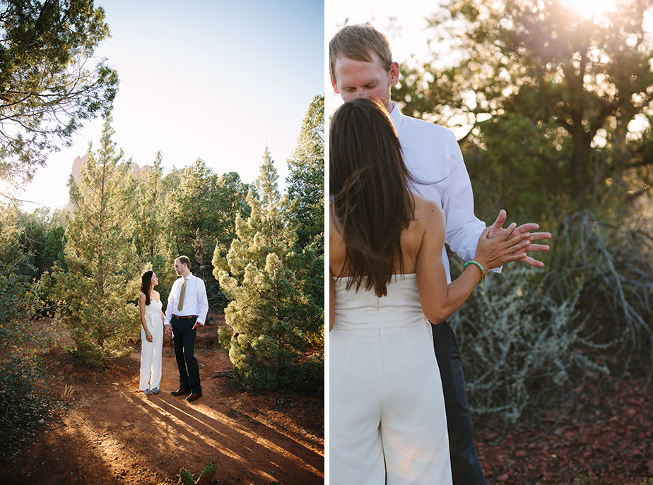 12sedona-arizona-engagement-shoot-red-rocks-sunset-bhldn-studio-nouveau