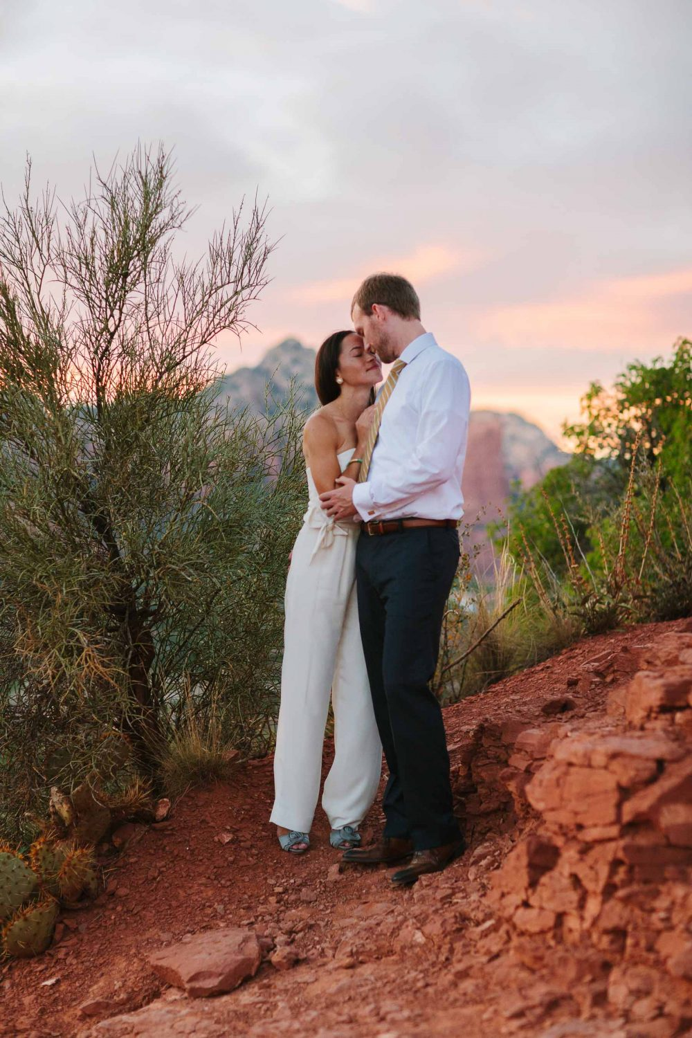 24_sedona-AZ-engagement-shoot