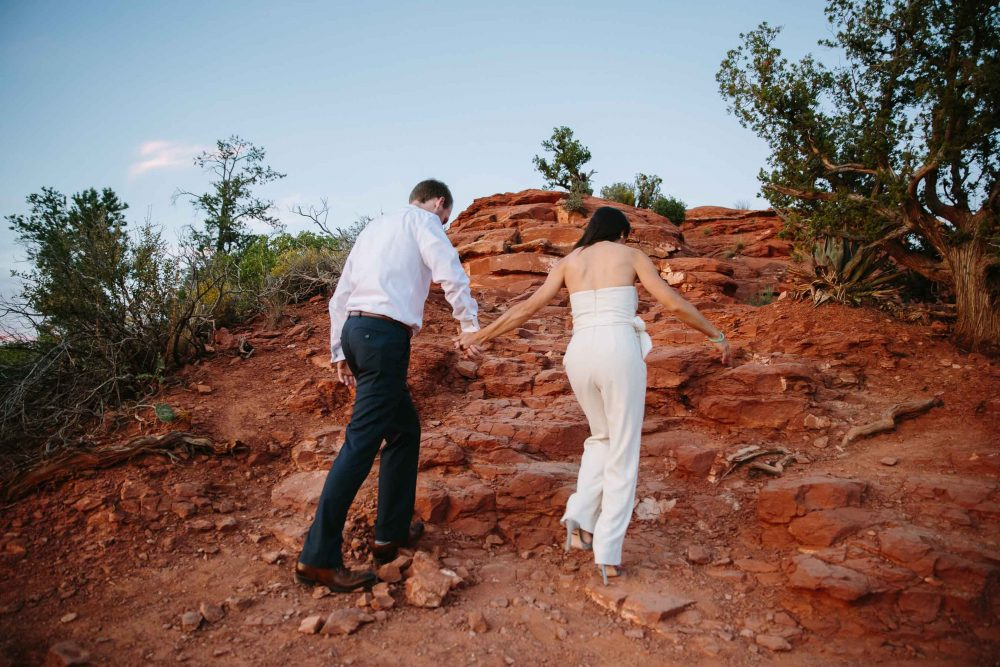 25_sedona-AZ-engagement-shoot