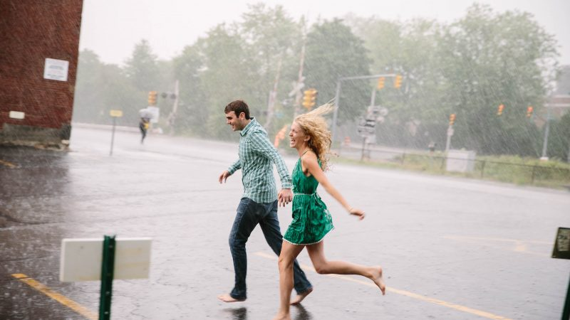 Manchester NH rainy engagement shoot