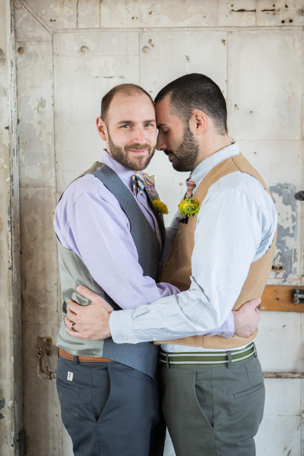 020-white-room-gay-wedding