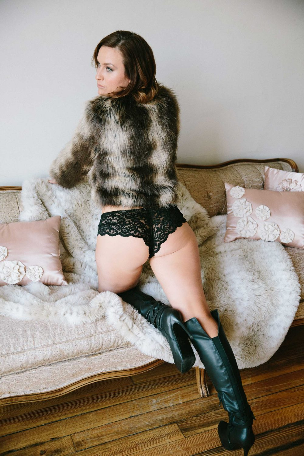 03-boston-boudoir-lifestyle-photographer