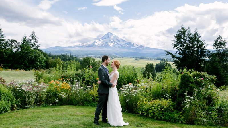 053-portland-garden-wedding-mt-hood