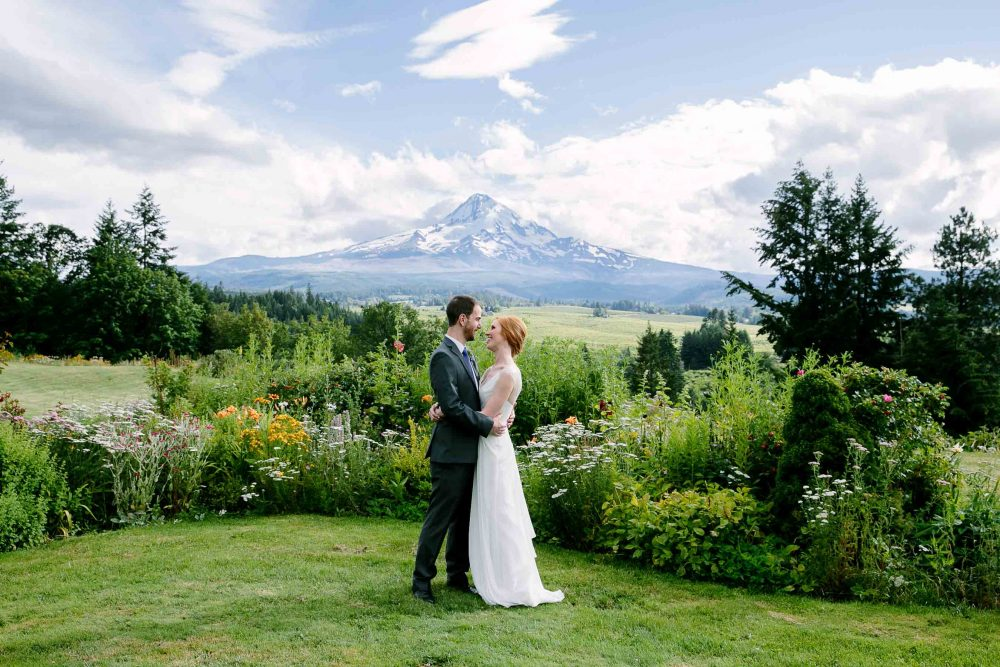 mt hood organic farm wedding