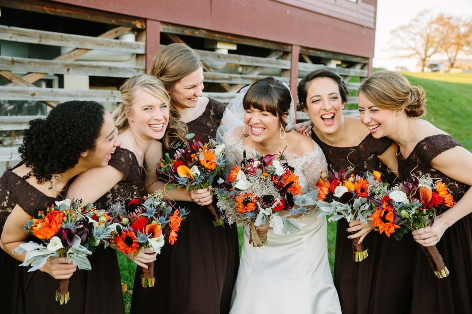 fall wedding colors at barn at gibbet hill