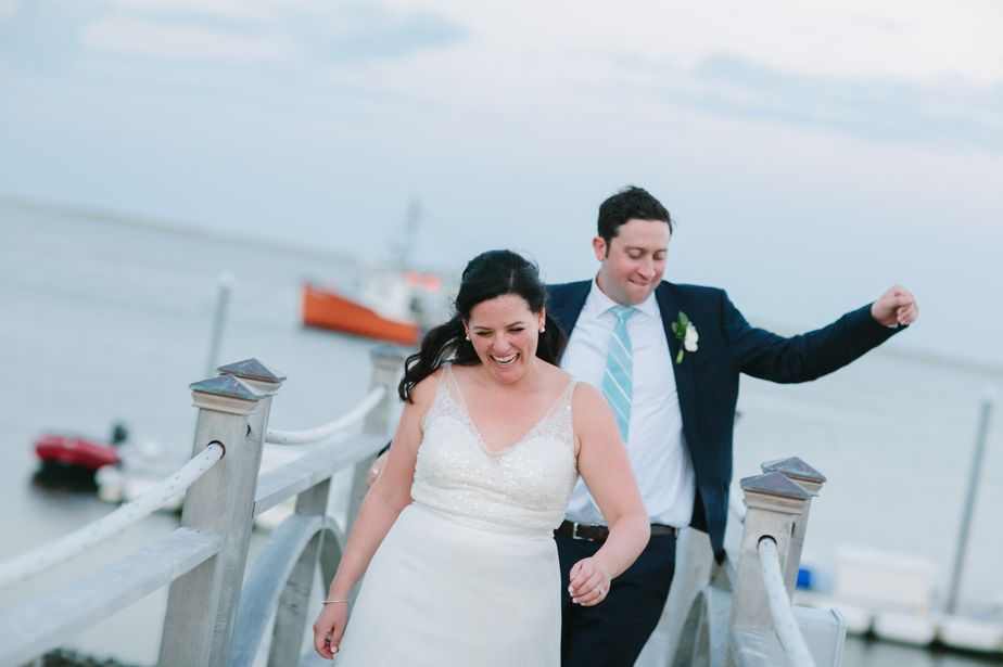 natural wedding photography at chatham bars inn