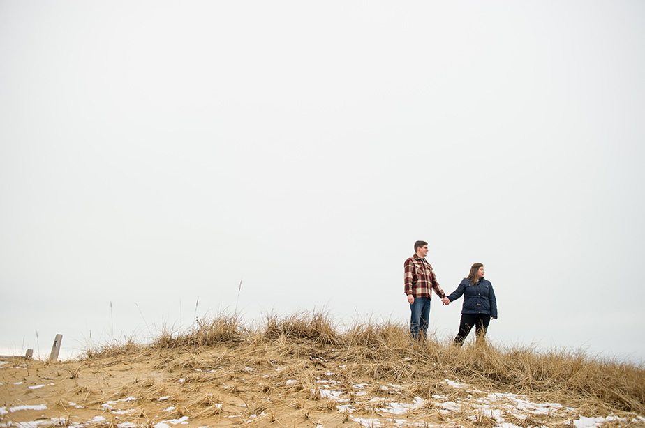 winter-engagement-shoot-llbean-tartan-beach-studio-nouveau-photography