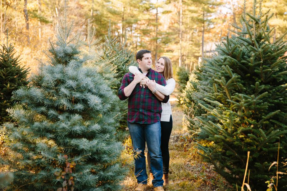 02_tree-farm-engagement-shoot-massachusetts