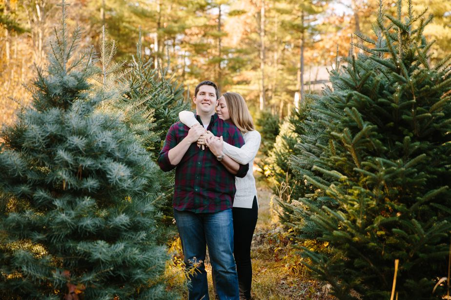 03_tree-farm-engagement-shoot-massachusetts