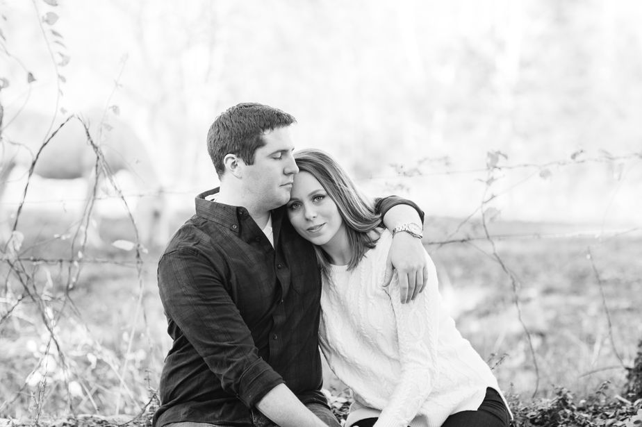 14_tree-farm-engagement-shoot-massachusetts