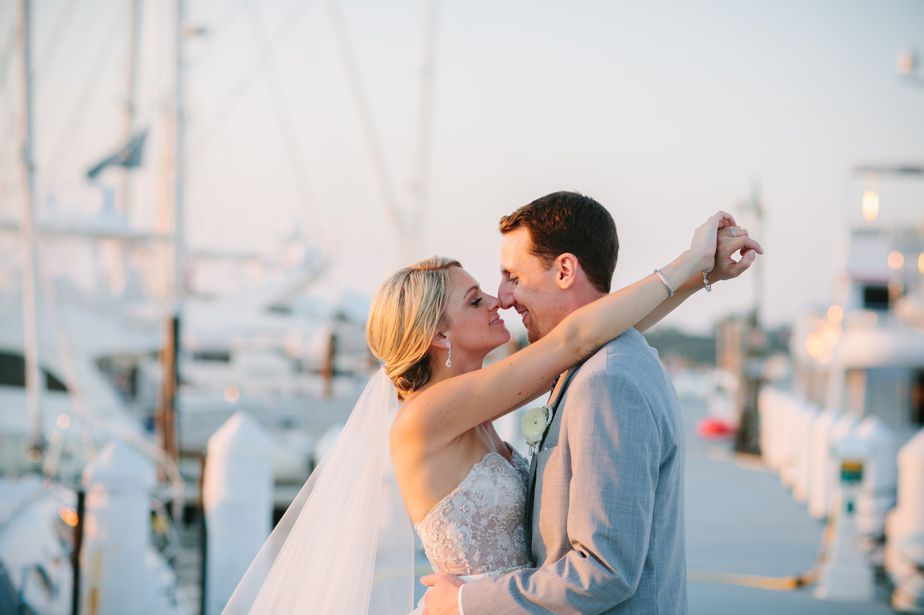 romantic and natural wedding photography belle mer wedding newport RI