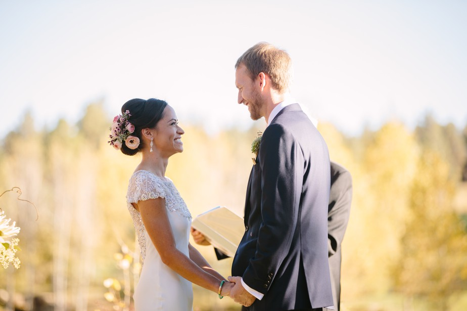 flagstaff and sedona wedding ranch style at pine canyon gold club, destination wedding photographer