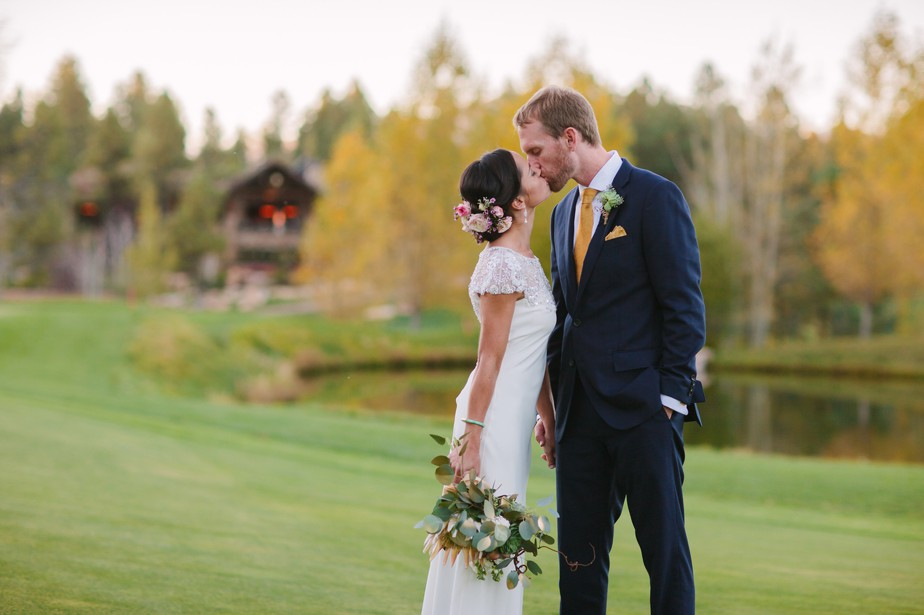 sunset photos at destination wedding at Pine Canyon in Flagstaff AZ
