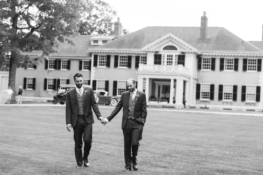 23_dorset-inn-hildene-wedding-vermont-gay-wedding