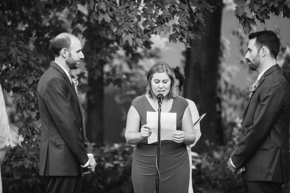 special readings at this dorset inn wedding in vermont