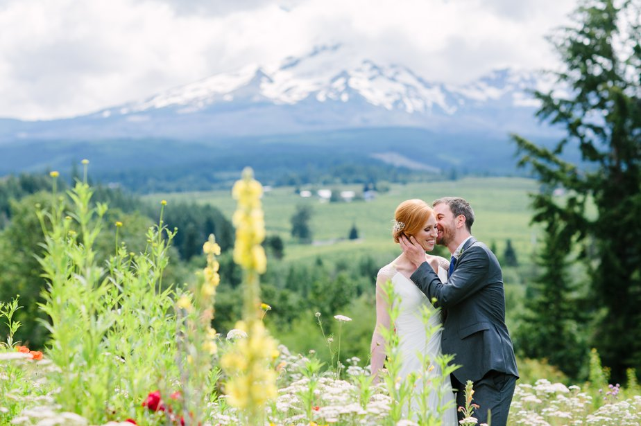 destination wedding photographer oregon