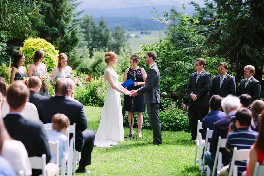 mt hood organic farm outdoor ceremony