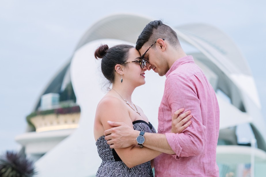 Destination engagement shoot in Valencia City of Arts and Sciences Center with american photographer