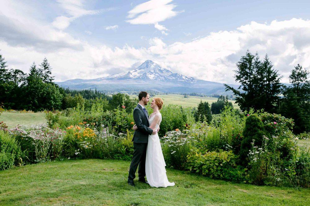 mt hood organic farm wedding